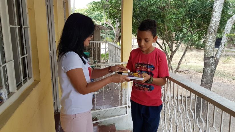 Kits escolares ALVARADO TOL.