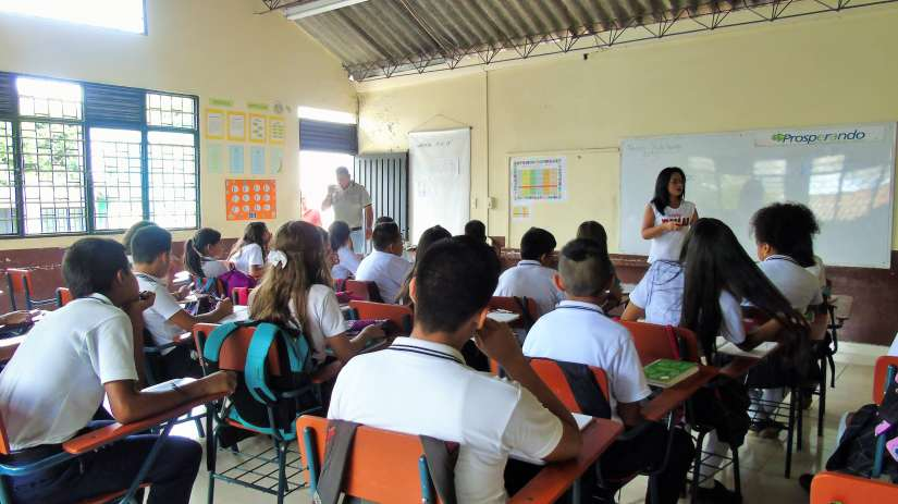 Charlas Ambientales, Fundación Fambaru.